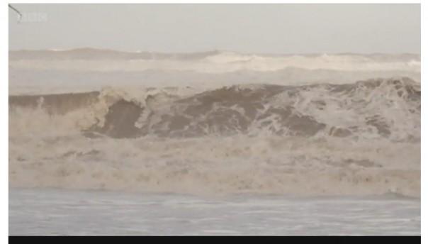 Keterangan mediaWatch Storm Gloria menghantam pinggir laut di Javea, wilayah Valencia