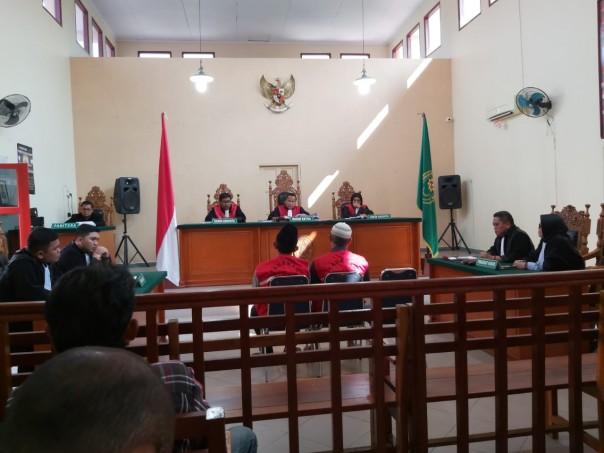 Majelis hakim Pengadilan Negeri Tanjung Balai Karimun menjatuhkan vonis hukuman pidana kurungan selama empat bulan kepada dua Direksi PT Kawasan Dinamika Harmonitama (KDH). (Foto: Ist)
