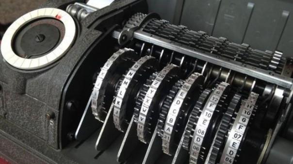 Perusahaan Swiss Crypto membuat mesin enkripsi CX-52 (Foto : BBC)