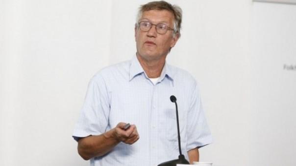 r Tegnell mengatakan WHO membingungkan Swedia dengan negara-negara di mana epidemi baru saja dimulai
