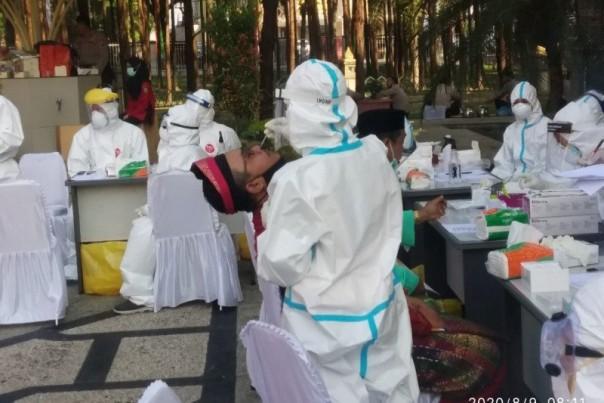 DPRD Riau rapid test tamu HUT Riau/ant