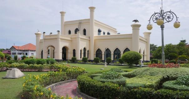Istana Matahari Timur atau Asserayah Alhasyimiah