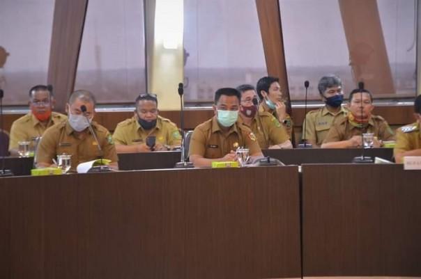 Pj Sekretaris Daerah Kota Pekanbaru, Muhammad Jamil menghdiri rapat  percepatan pembangunan Tol Trans Sumatera./ADV