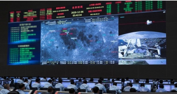 Misi Chang'e-5 mewakili soft landing ketiga hina di Bulan (Foto/CNN)