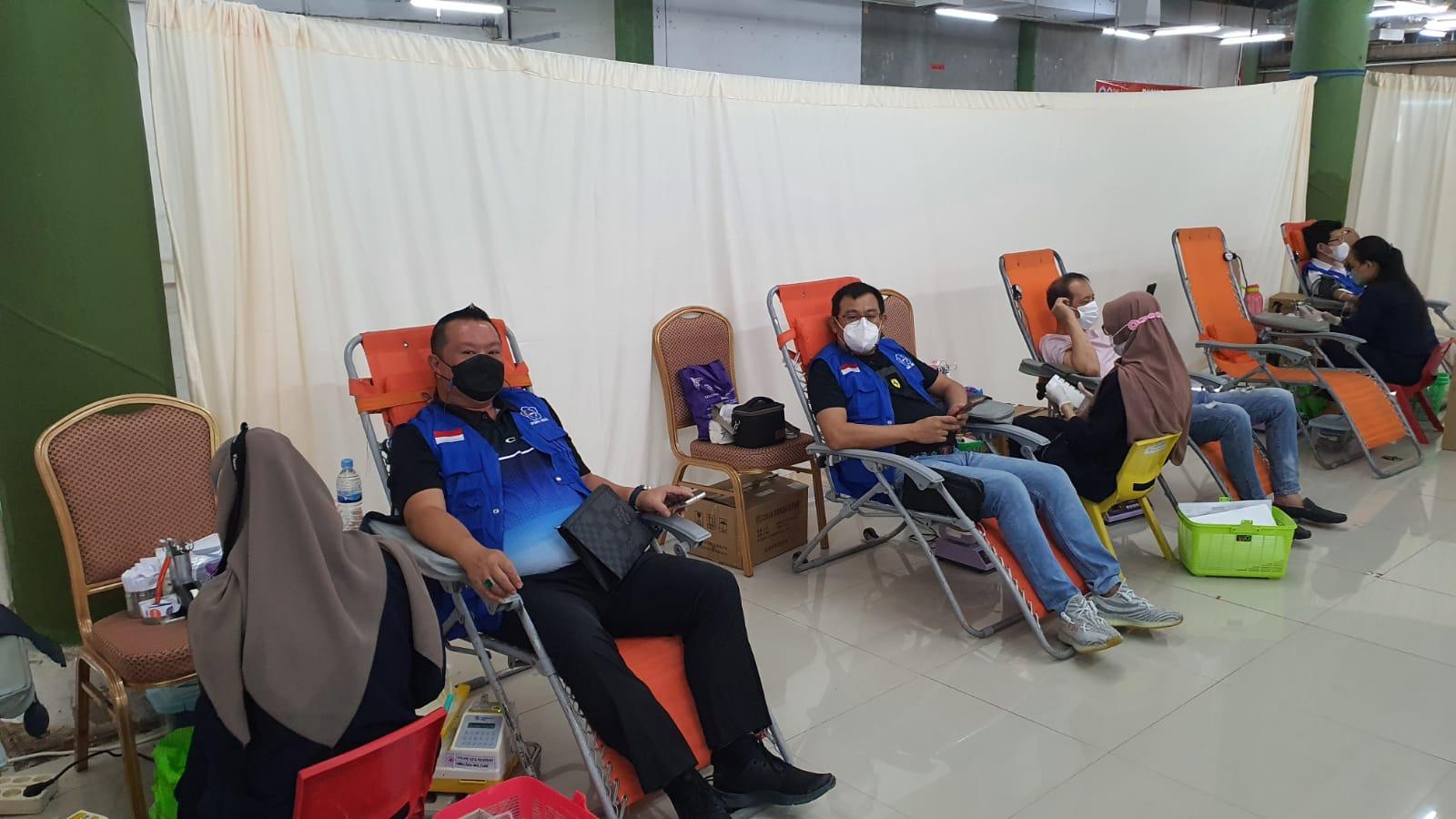 Peduli Donor Darah Hari Pertama, PSMTI Riau Peroleh 334 Kantong Darah