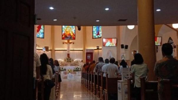 Ibadah misa Kamis Putih jelang perayaan Paskah di Gereja Katedral Makassar, Kamis (1/04/2021)  Artikel ini telah tayang di sulsel.inews.id dengan judul
