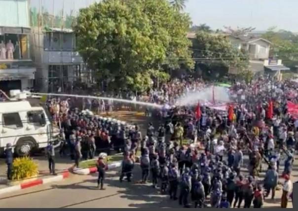 Protes telah berlangsung di Bago, seperti di kota-kota lain, selama lebih dari dua bulan.(Foto BBC)