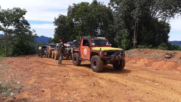 Penyerahan hadiah Riau off Road Exspedition Rokan Hulu-Kampar 2020.